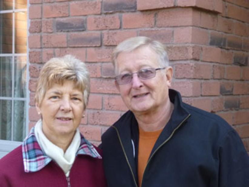 """Gerry Wilhelmus met zijn vrouw Jo-Ann: """"Schrijf maar dat we antique Dutch spreken."""""""